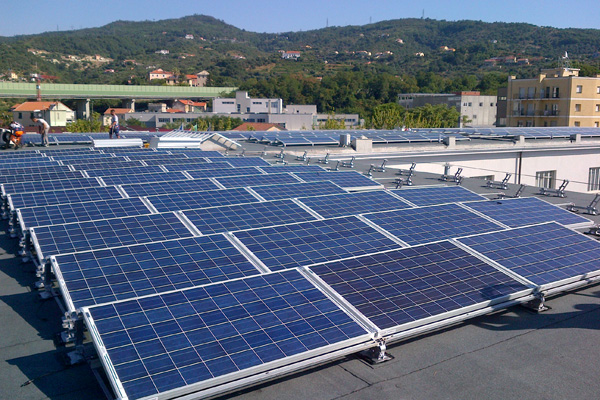 Campus-Univarsitario-di-Savona—installazione-di-pannelli-solari