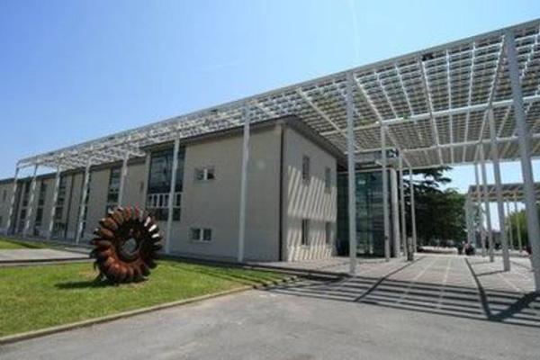 Università-di-Savona—realizzazione-di-aule-didattiche-multimediali-a-supporto-dell'infrastruttura-SPM